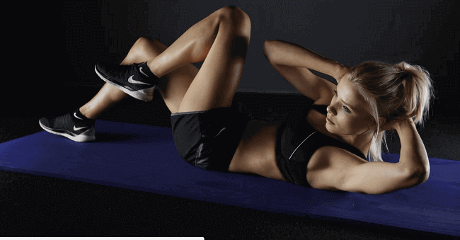 woman doing ab exercise